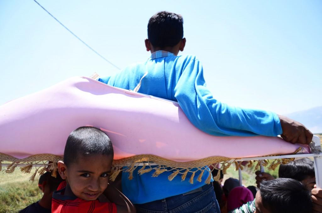 Sur le train de l'espoir, conduit par Syrian Eyes. Crédit: Emmanuel Hadda