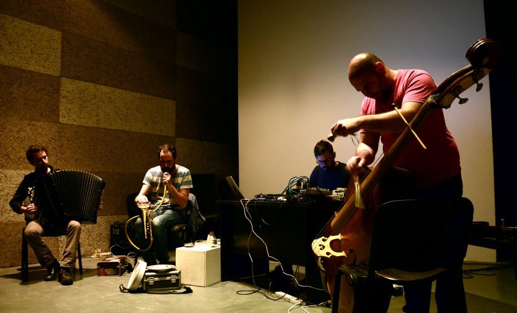 Mazen Kerbaj et Raed Yassin, rencontre outre-son avec un duo suisse - crédit photo: Emmanuel Haddad