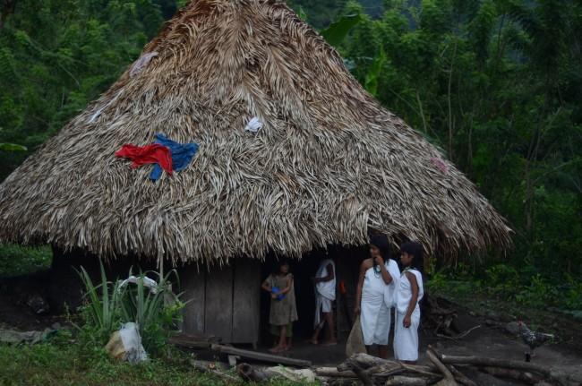 Dans le village de Seywiaka - Crédit : Emmanuel Haddad