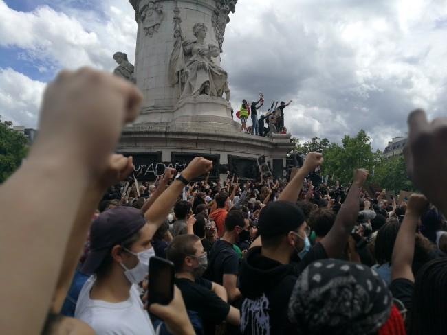 Manifestation contre les violences policières à Paris, le 13 juin 2020