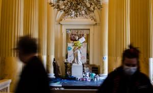 A l'Odéon, même les statues participent à l'occupation - crédit : Emmanuel Haddad